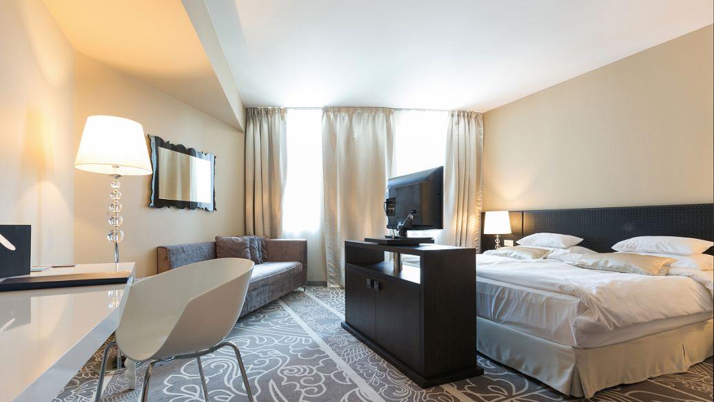 开一个20间的主题宾馆到底需要投资多少钱?