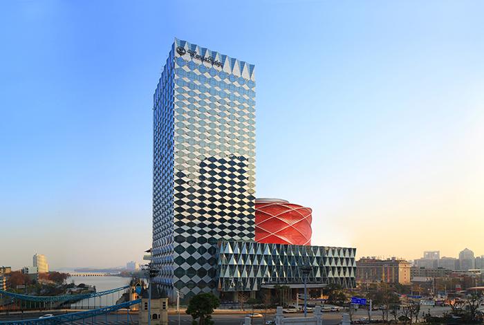 """发力高端酒店与万达""""分手""""融创意在分拆酒店上市?"""