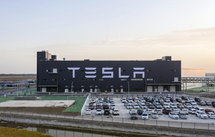 特斯拉涉足车险,将推出个性化保险产品